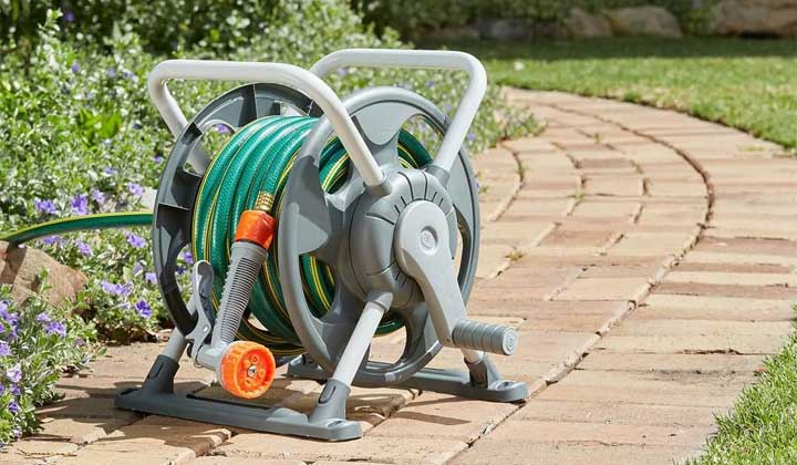How To Wrap A Hose Around A Hose Reel