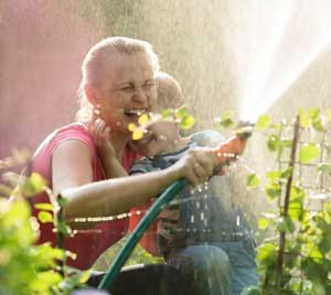 How to Increase Water Pressure in a Garden Hose